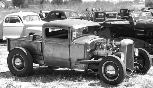 Les see some hot rod trucks.Weather there Roadsters or Regular and rats to