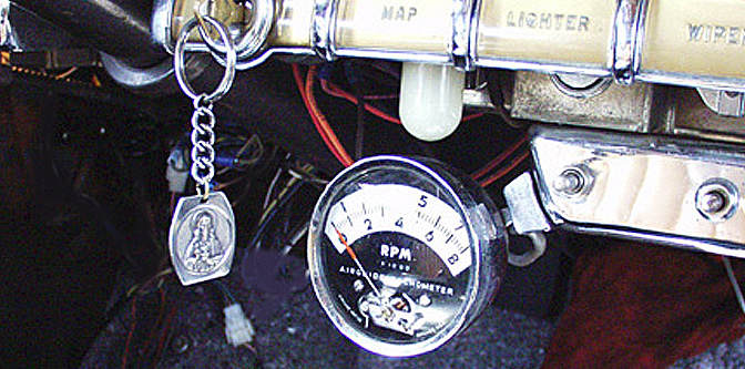 Love for Vintage Tachometer design