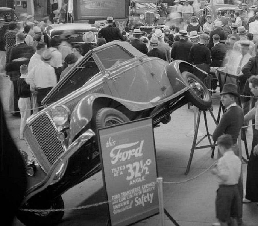0 car show 1934 Ford 2.jpg