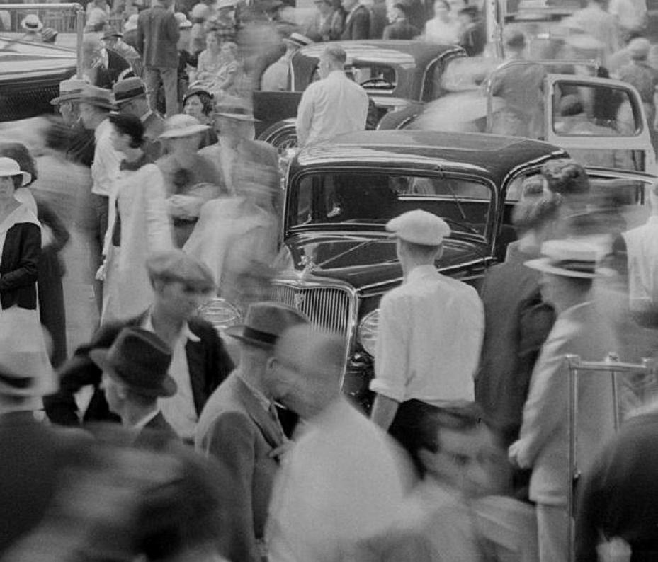 0 car show 1934 Ford 4.jpg