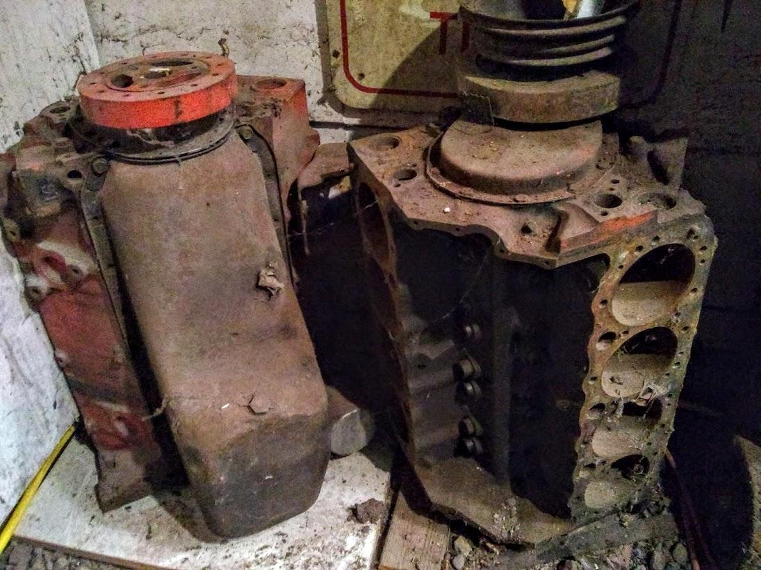 0 engines 350 4 bolt.jpg