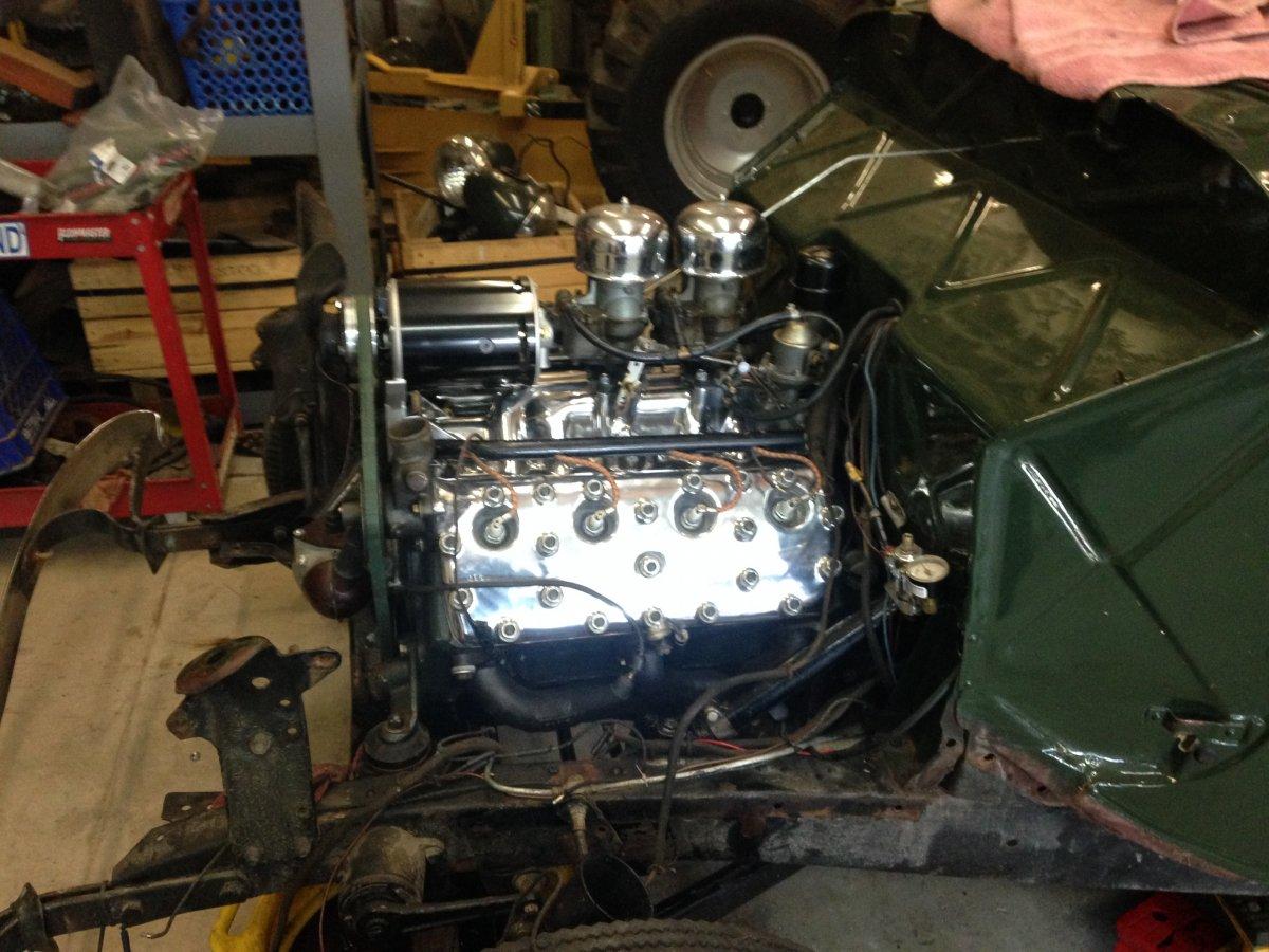 00 Engine 20160208 after Mike had heads polished etc.jpg