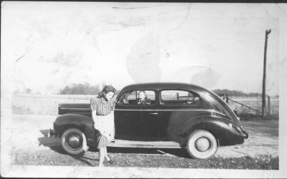 00004 - Jeri with Larry in Car.jpg