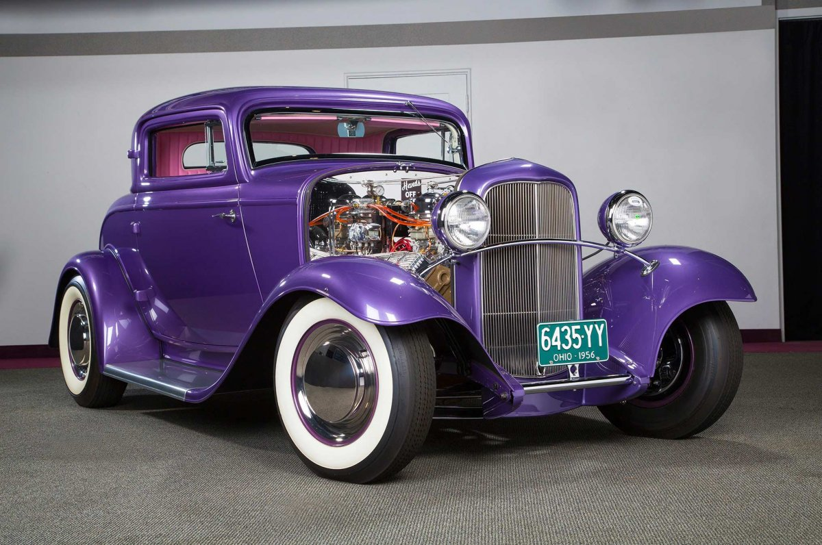 001-breece-munz-1932-ford-coupe-front-three-quarter.JPG-(2).jpg