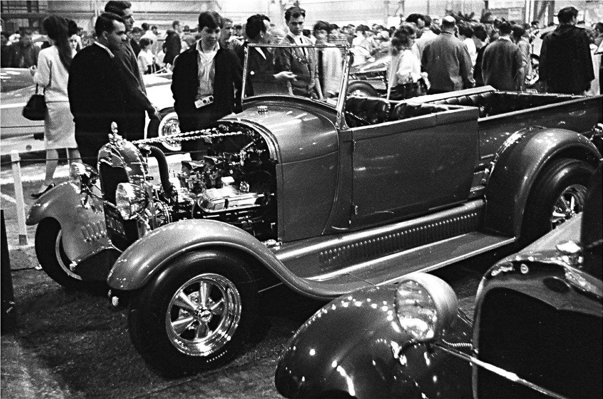 002-1963-indoor-car-shows-bay-area-northern-california-.jpg