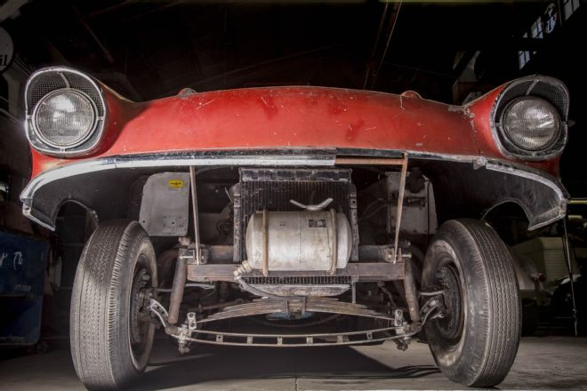 004-brennen-1957-chevrolet-bel-air-gasser-front-suspension.jpg