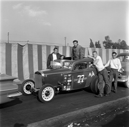 009-backstage-1961-static-coupe-crew-2nd-of-two_13308-05_19610221_HRD.jpg