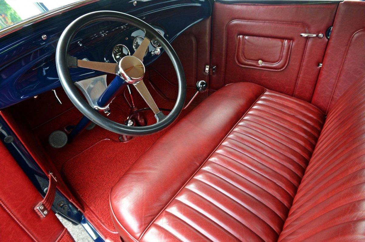 009-cramer-1931-ford-model-a-interior-001.jpg