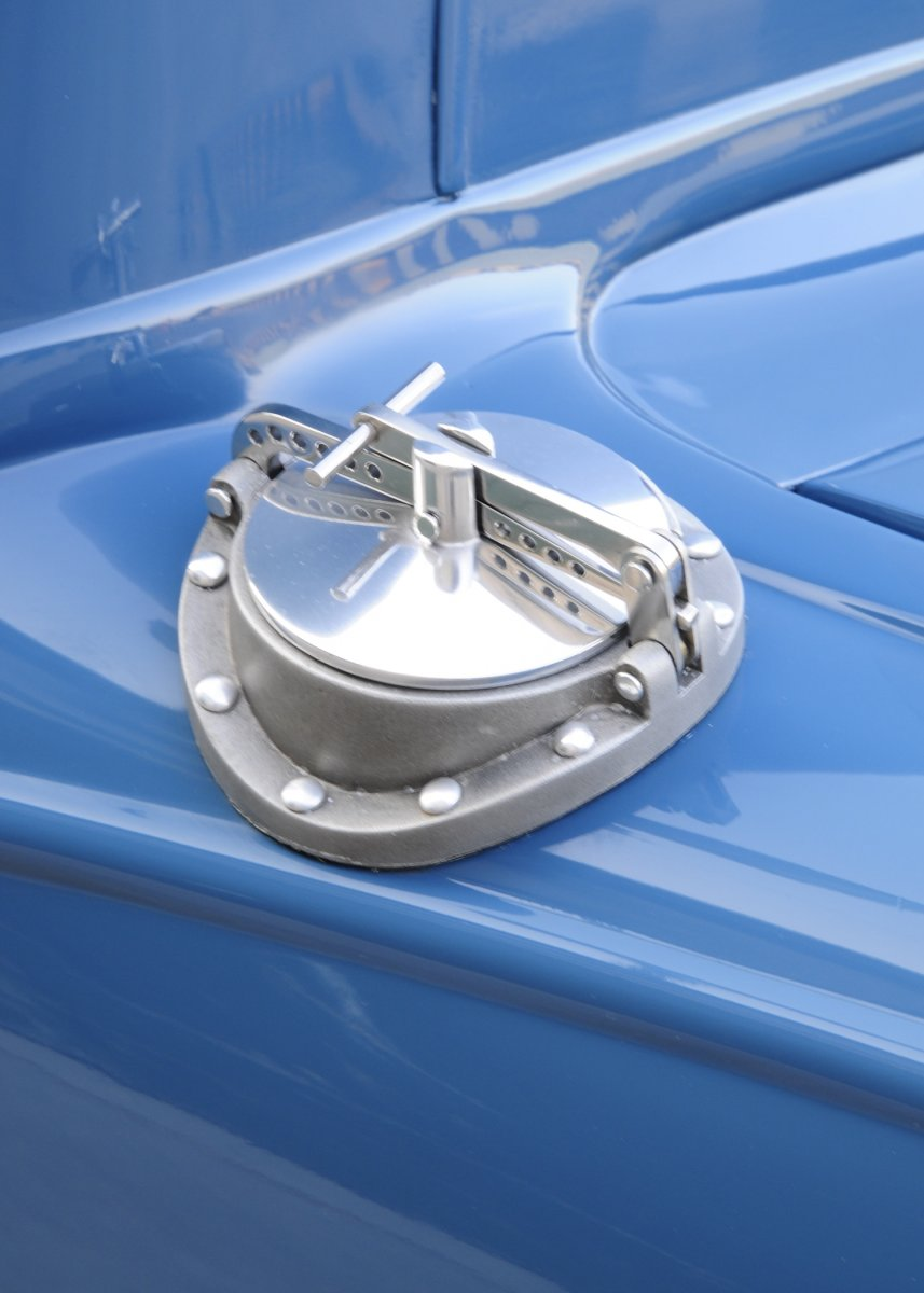 010-1930-ford-coupe-gas-cap.jpg
