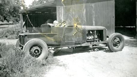 010-rose-1927-ford-model-t-roadster-pickup-richardson-family-ranch.jpg
