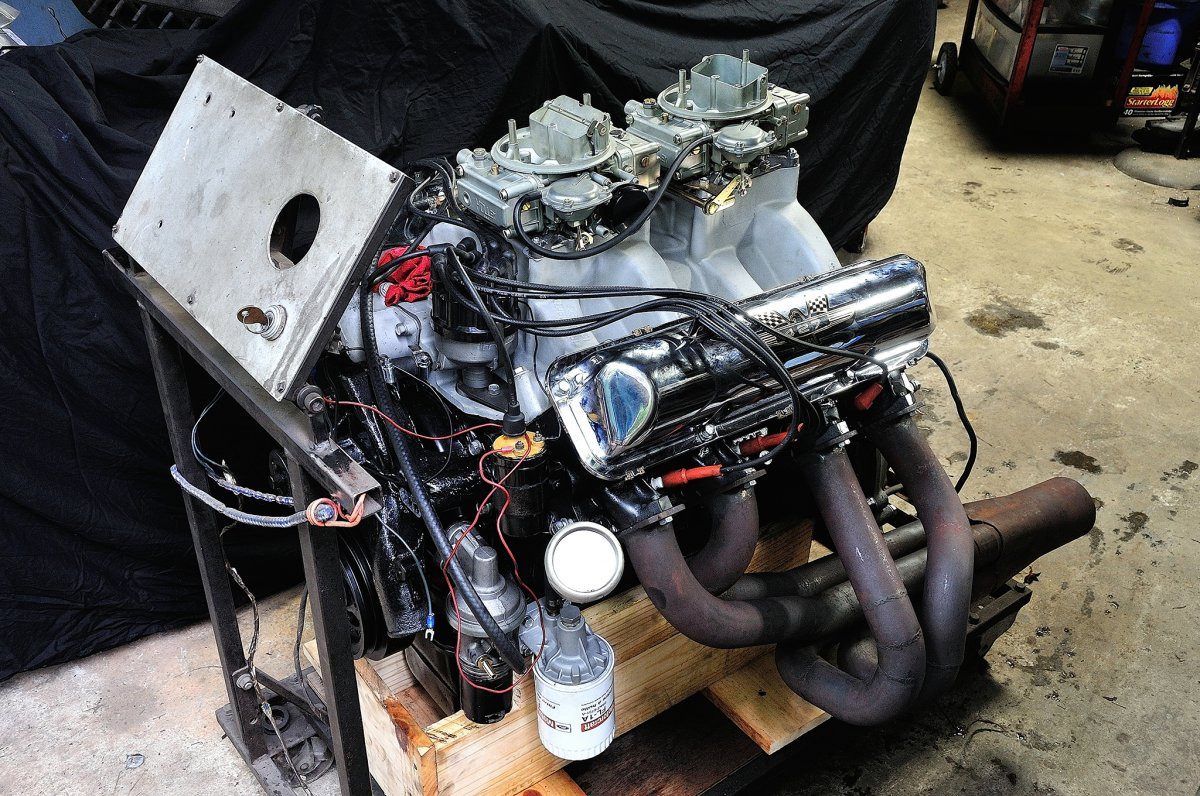 011-1964-ford-thunderbolt-paint-engine-on-stand.jpg