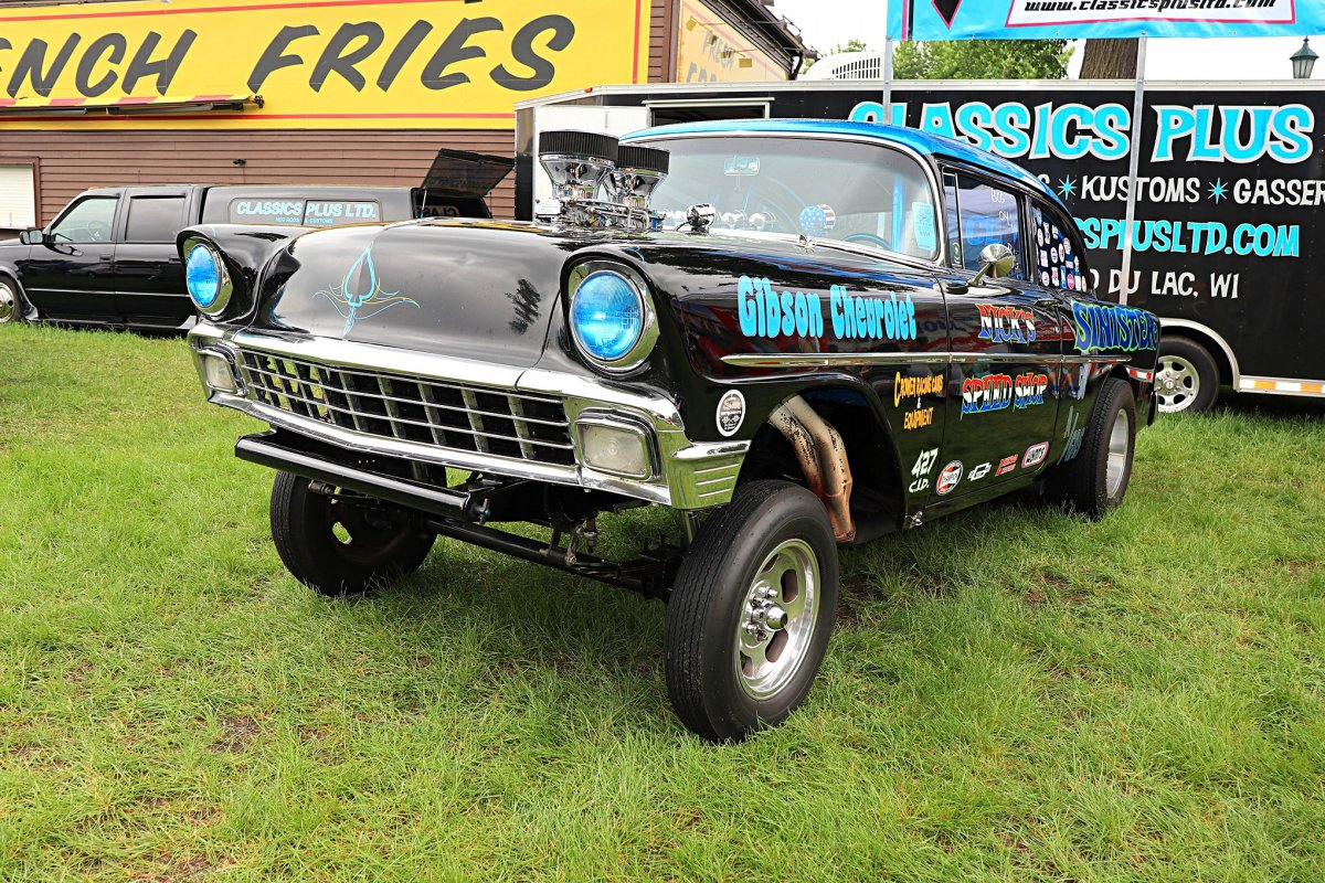 014-back-to-50s-chevy-ford-gallery.jpg