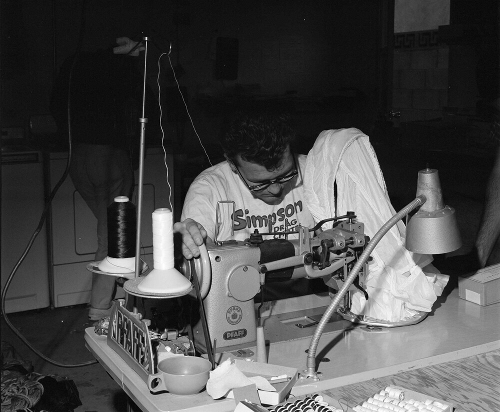 022-struggles-1965-static-bill-simpson-sewing-front.jpg