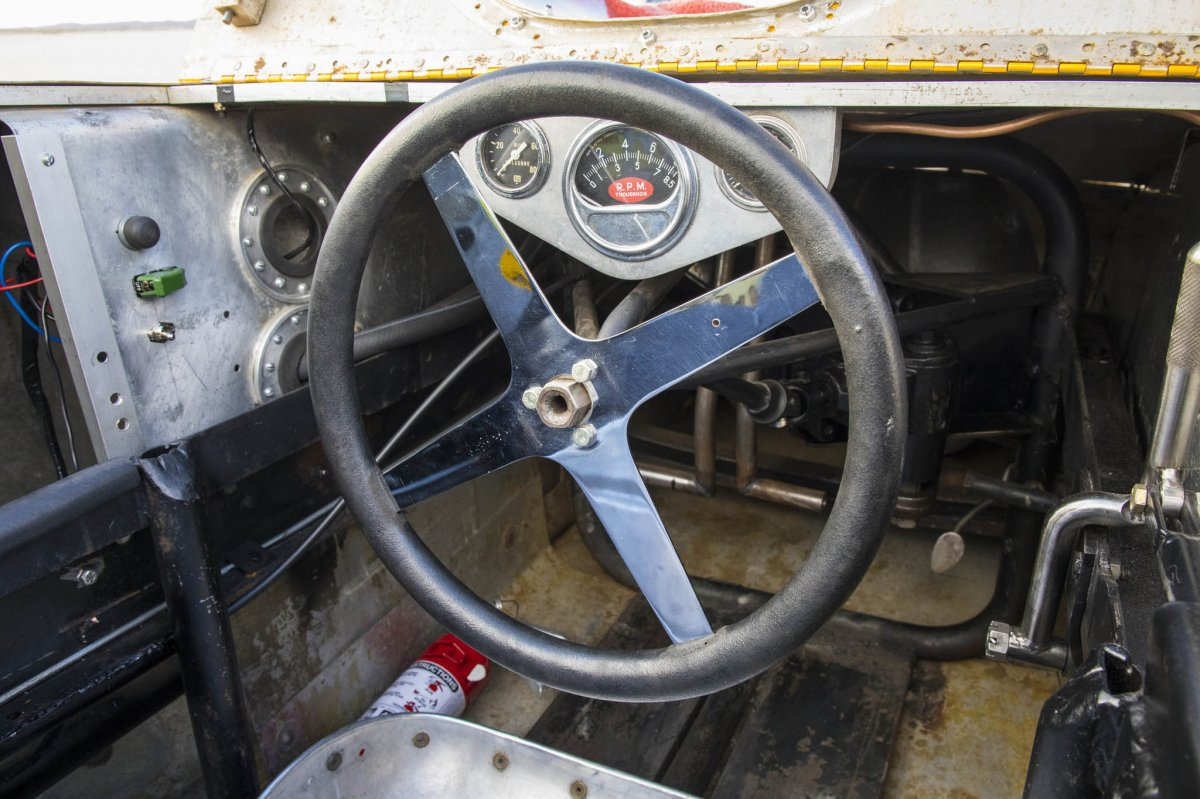 048-mcintyre-thompson-golden-rod-streamliner-cragar-steering-wheel.jpg