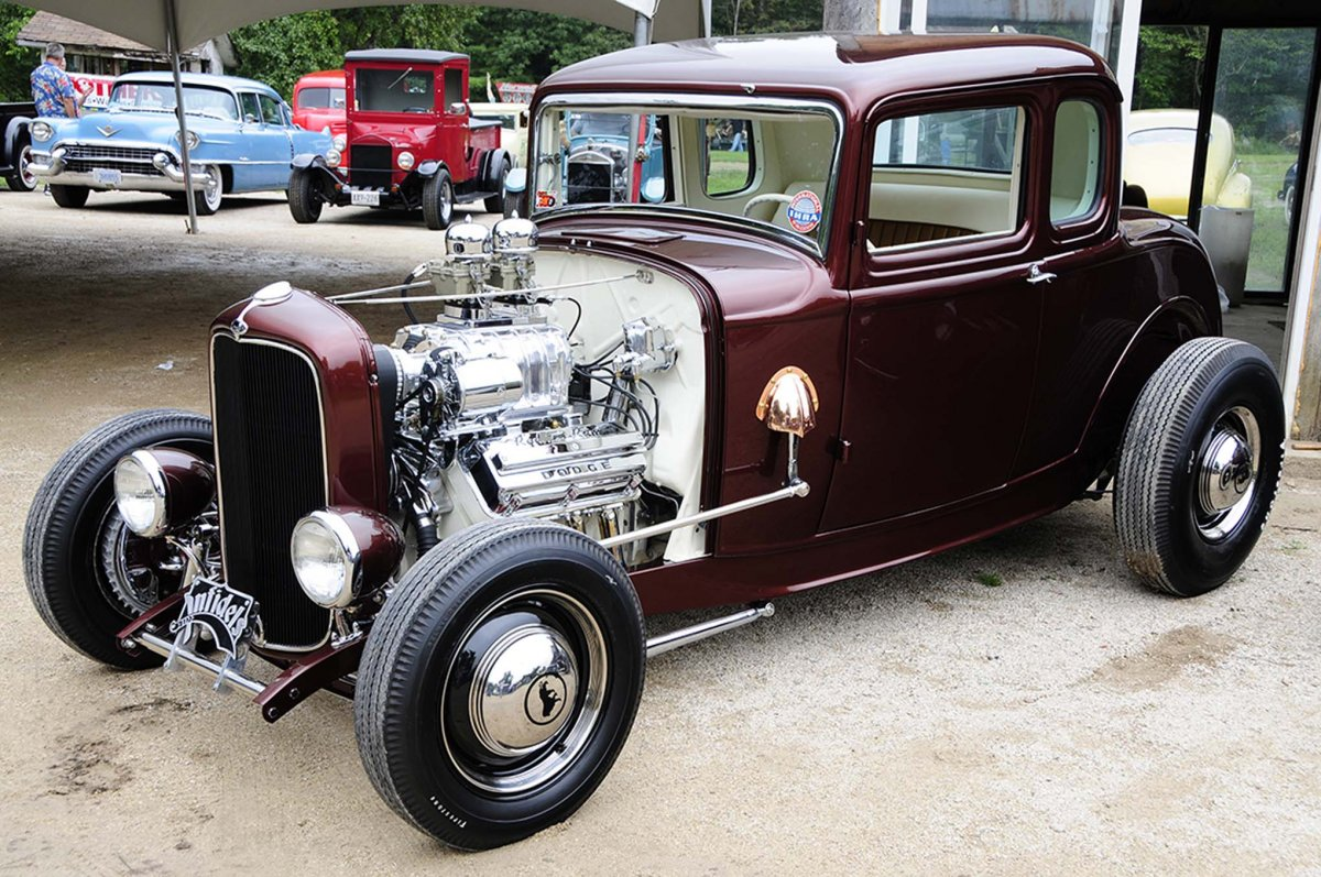 05-2015-best-of-traditional-hot-rods-.jpg