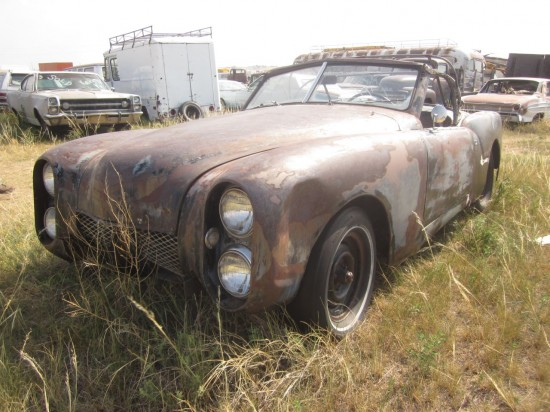 05-Mystery-1950s-Custom-Down-On-the-Junkyard-Pictures-courtesy-of-Murilee-Martin-550x412.jpg