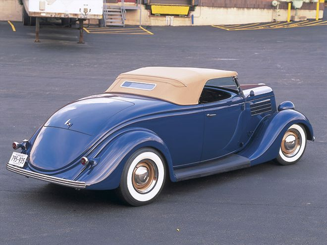 0604rc_03_z+1935_ford_roadster+.jpg