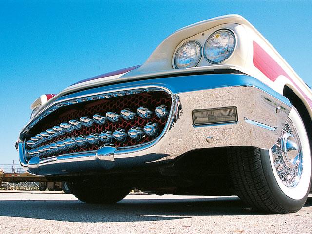 0605rc_05z-1958_ford_thunderbird-front_bumper.jpg