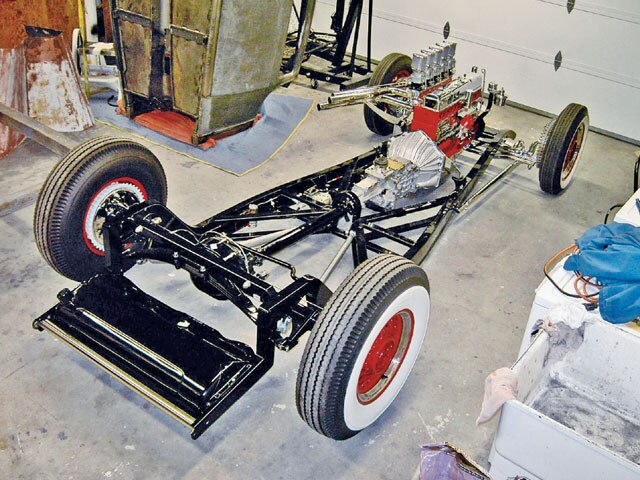 0802rc_10_z-1932_ford_chevy_coupe-frame.jpg