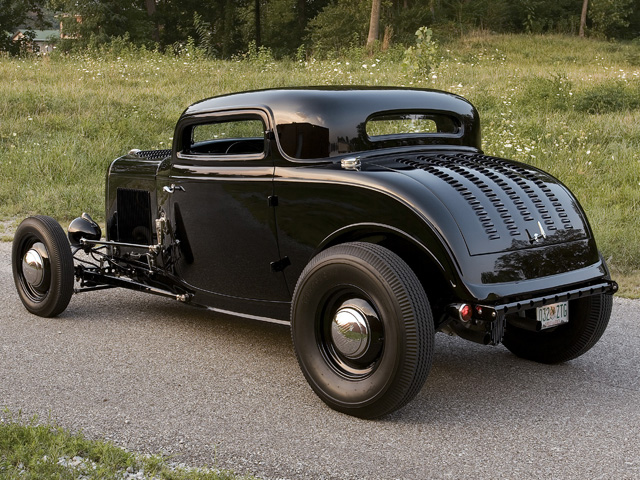0808rc_07_z-1932_ford_coupe-.jpg