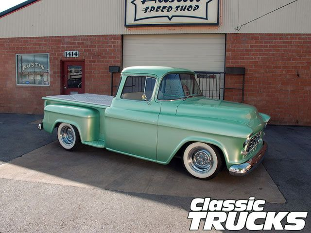 0901clt_04_z+1955_chevy_3100_pickup_truck+white_wall_tires.jpg