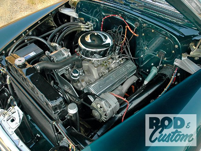 0905rc_15_z+1952_1953_1954_chevy+1952_chevy_engine.jpg