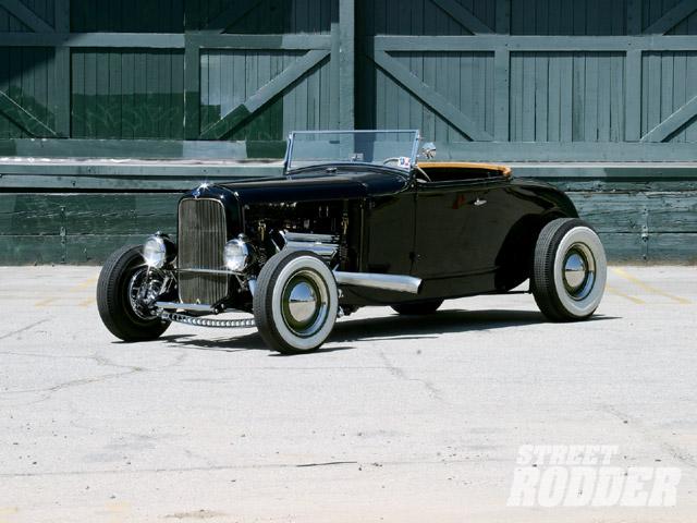 0905sr_02_z-1930_ford_highboy_roadster-front_driver_side.jpg