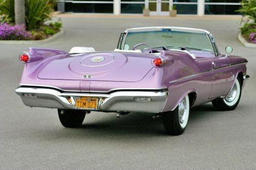 0bbf2ad4ae108e8cc99ff3d32ab9b993--purple-cars-antique-cars.jpg