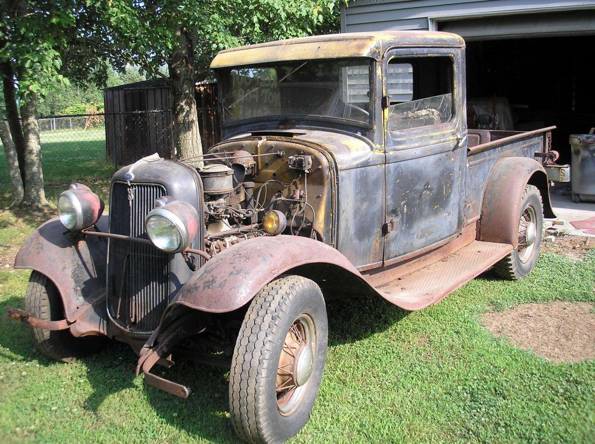 (1)1934 Ford pickup before.JPG