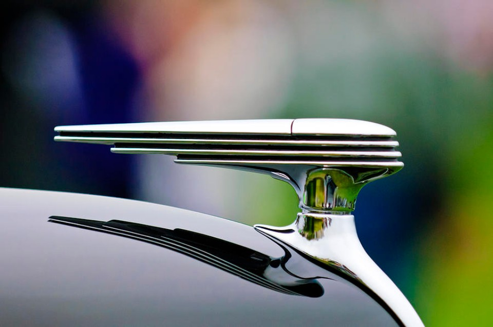1-1937-ford-model-78-darrin-convertible-hood-ornament-jill-reger.jpg