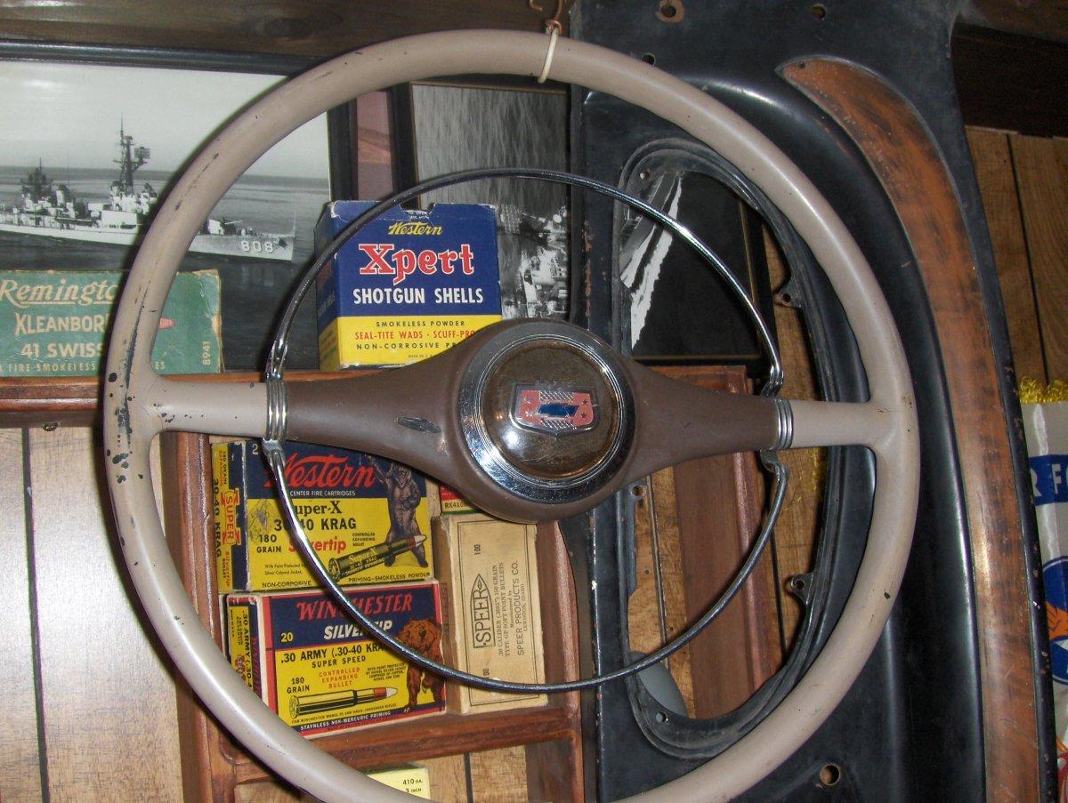 1-28-19 steering wheels - Earl - manifolds 009.JPG