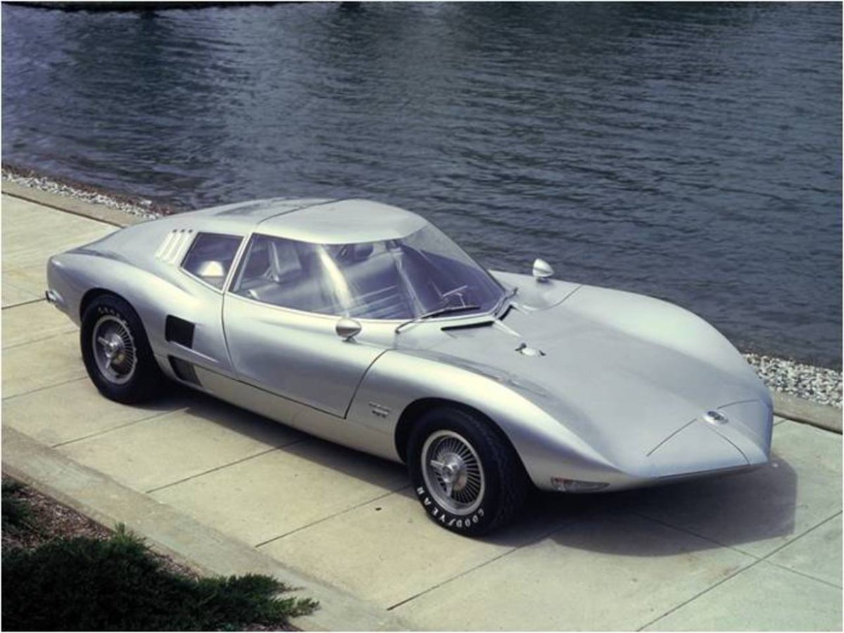 1 coolvair 1962 Corvair Monza GT Show Car.jpg