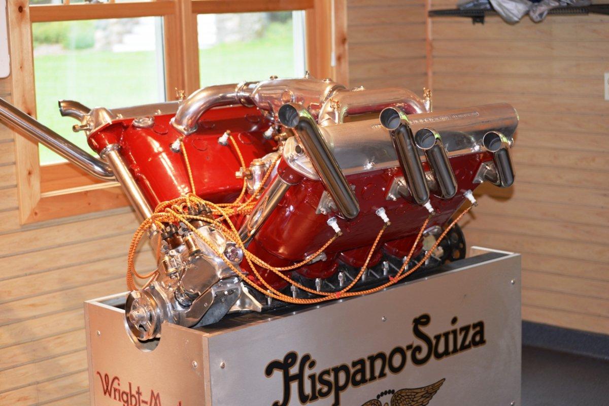 1 engine 1929 650 HP V-12 Hispano-Suiza Model 12.jpg