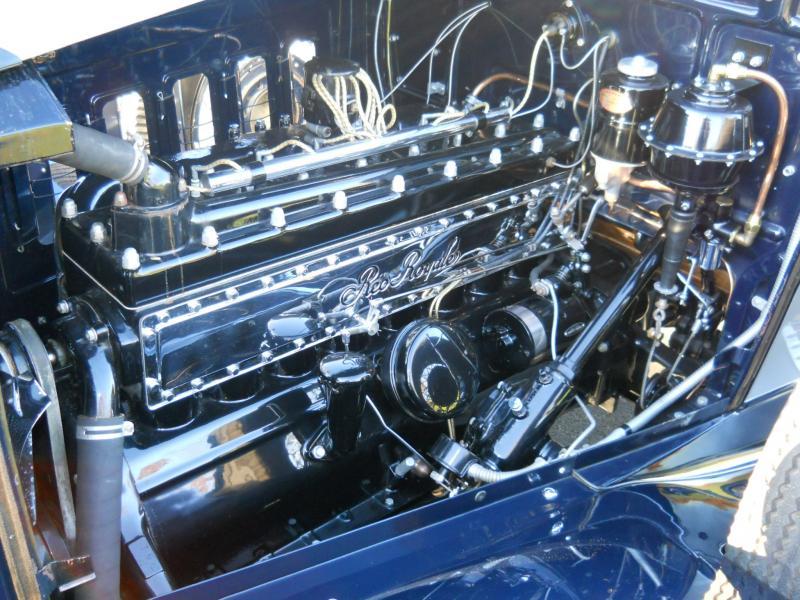 1 engine Reo royale.jpg