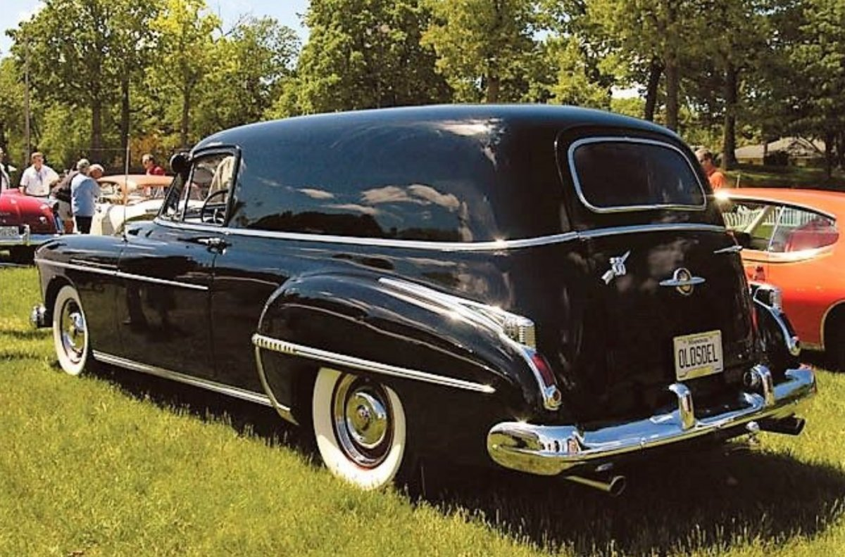 10 1950 Oldsmobile sedan delivery, one of seven built for Olds factory personnel use..jpg