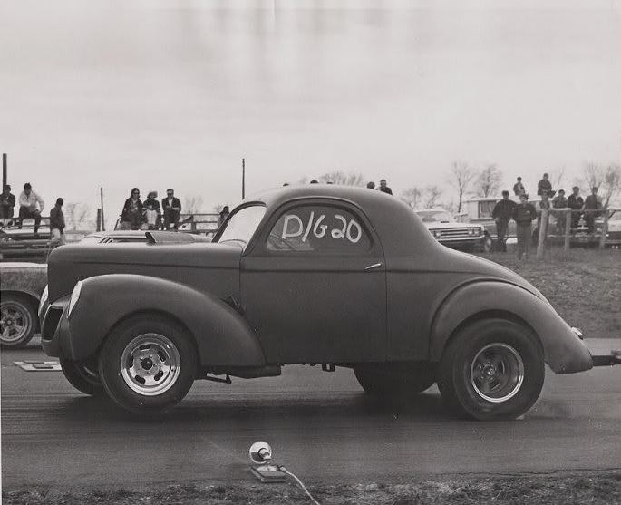 10 and willys.JPG