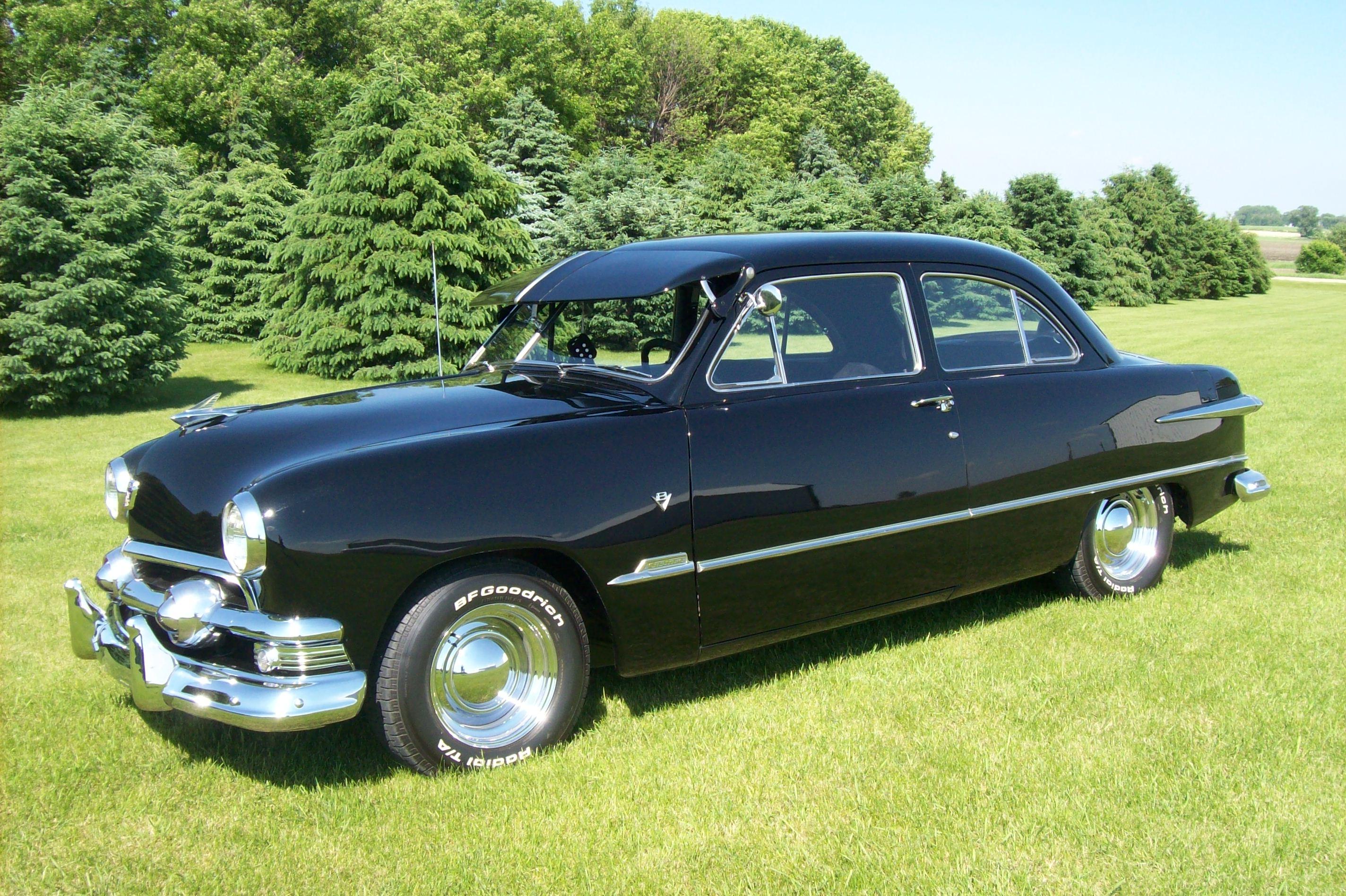 1951 Ford 2door Sedan The Hamb 1949 2 Door Hardtop 100 0287
