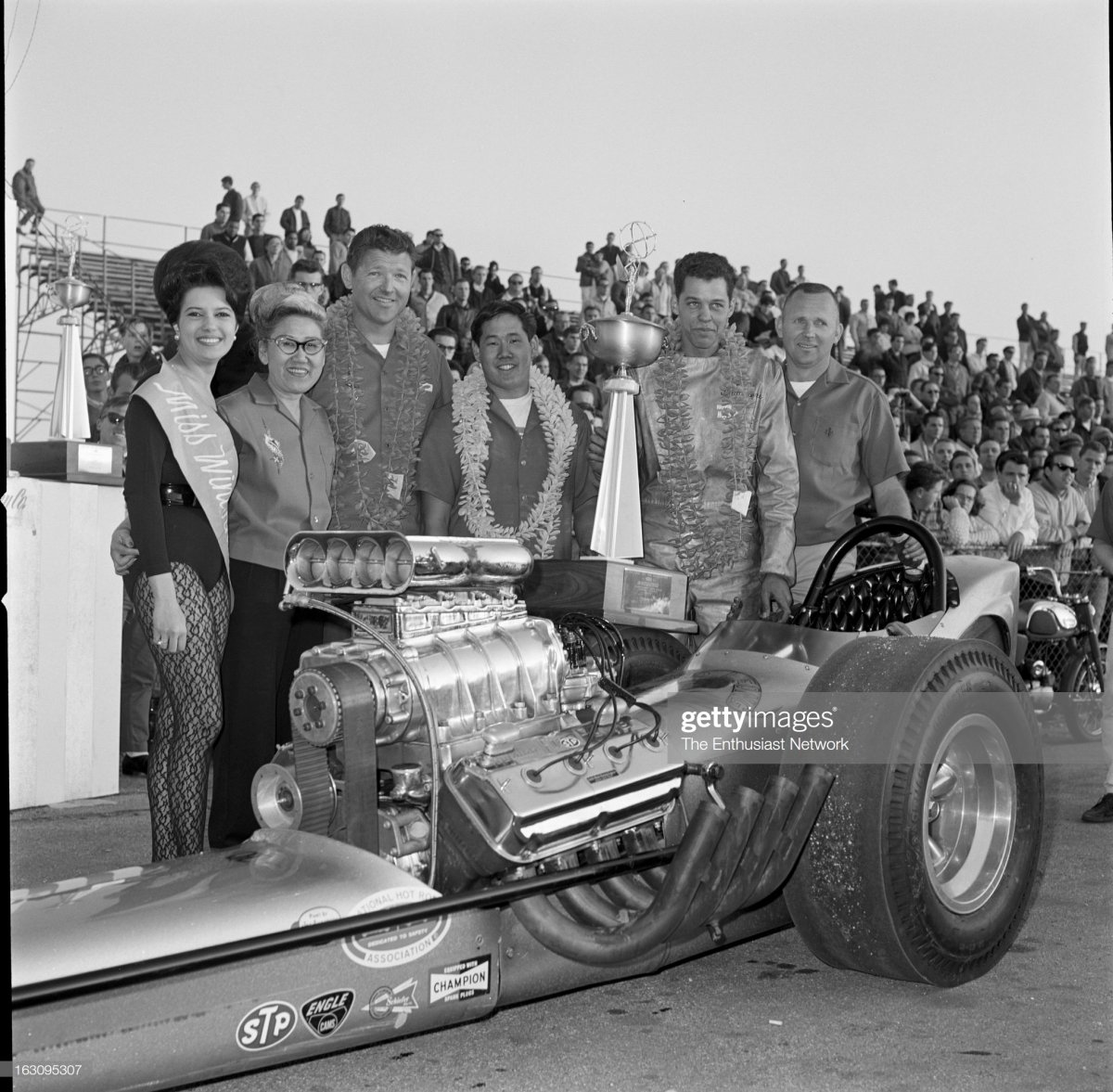 12 1965 NHRA Winternationals Drag R.jpg