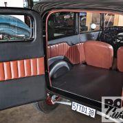 1203rc-04-z+1932-ford-tudor-delivery+.jpg