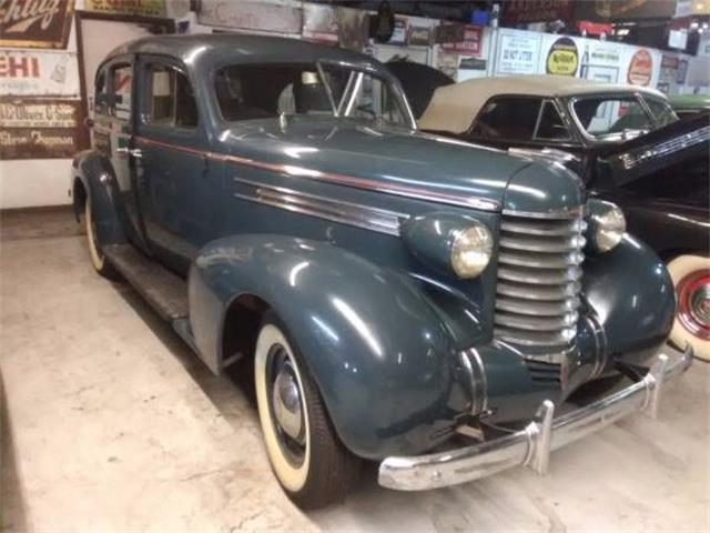 12781673-1937-oldsmobile-sedan-thumb.jpg