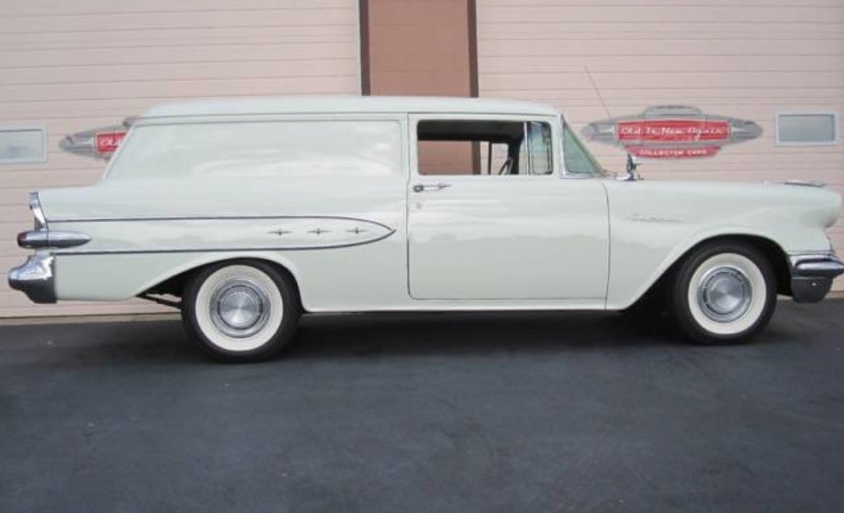 12c 1957 Pontiac Pathfinder Sedan Delivery.jpg