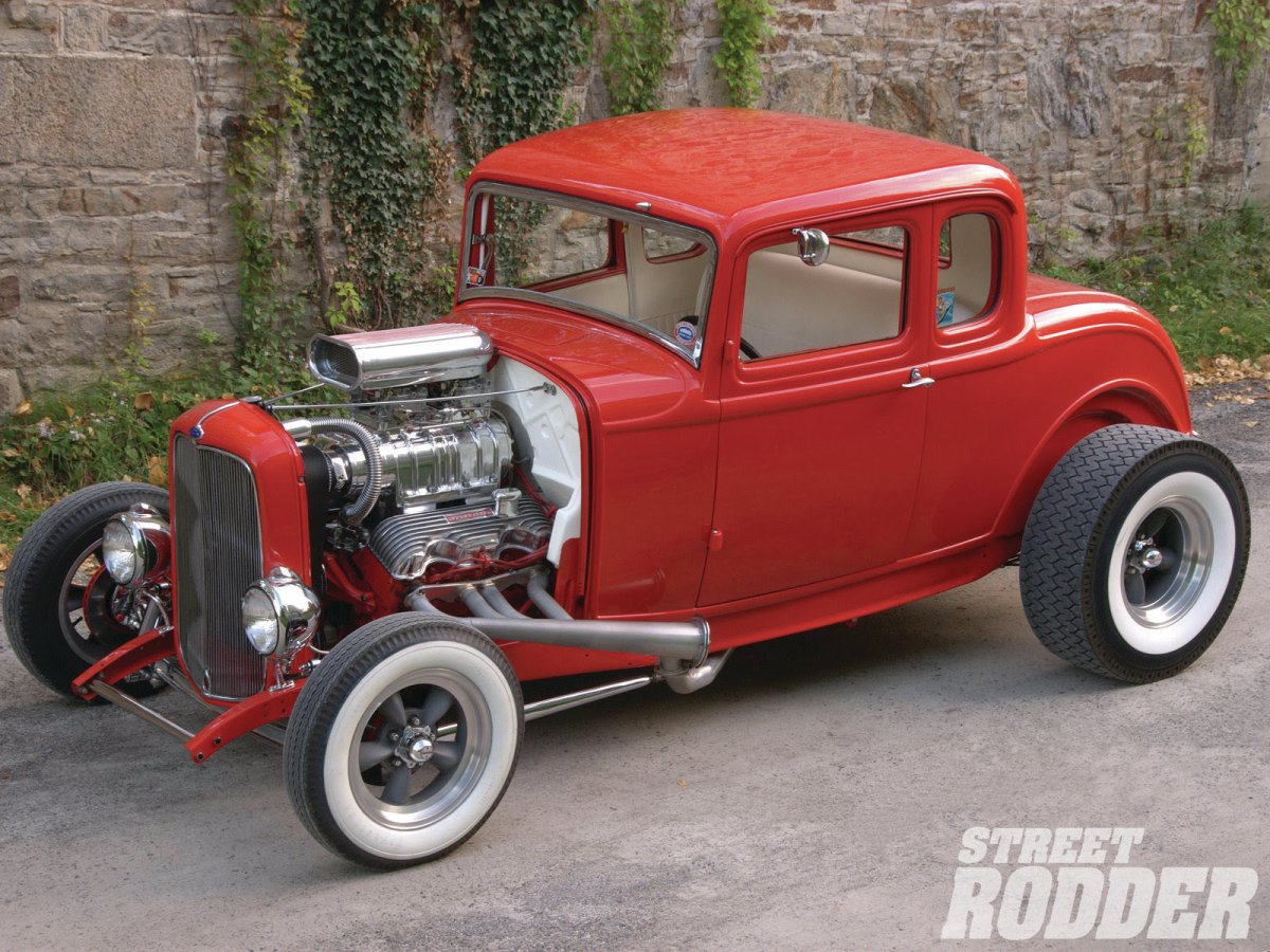 1303sr-01-neil-candys-1932-ford-five-window-coupe-drivers-side-white-walled-tires.jpg