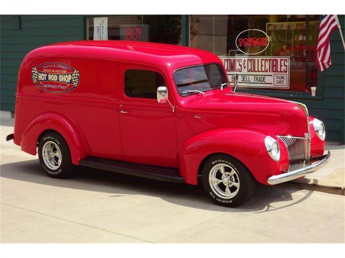 13289905-1940-ford-panel-truck-std.jpg