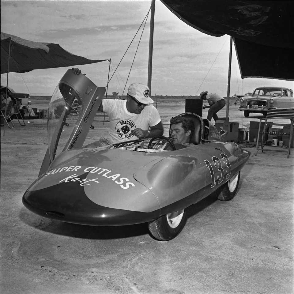 #133 Breedlove Super Cutlass Kart (1961).jpg