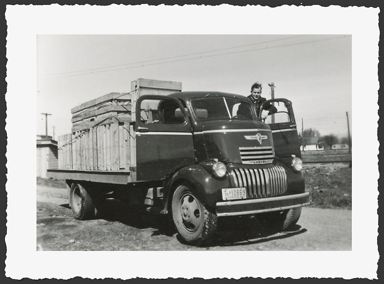 134 1946-7 Chevrolet COE..jpg
