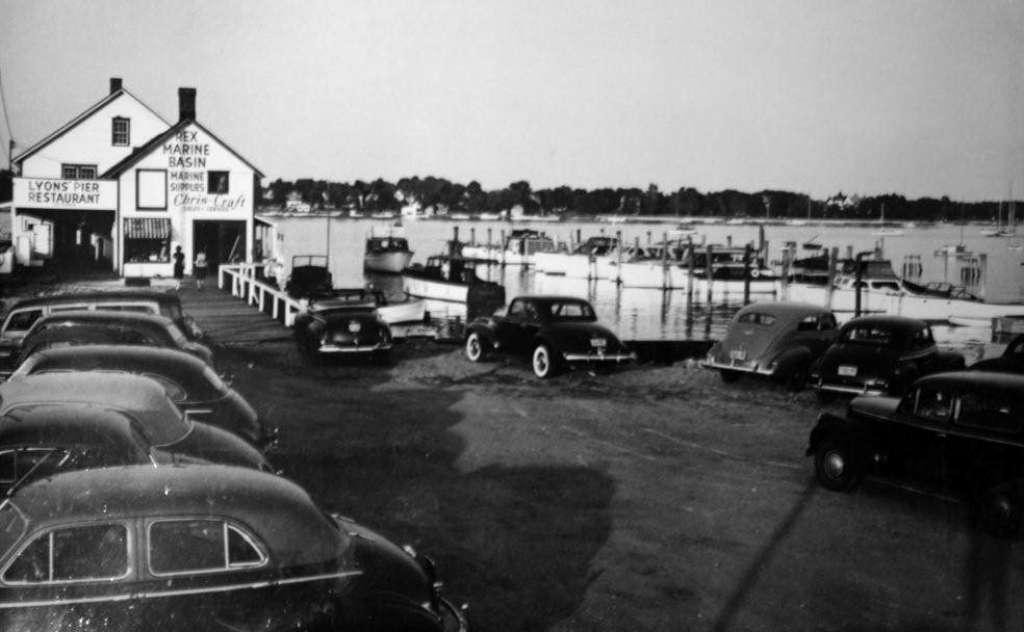 137 Rex Marine Basin in Norwalk, Conn. circa 1948.jpg