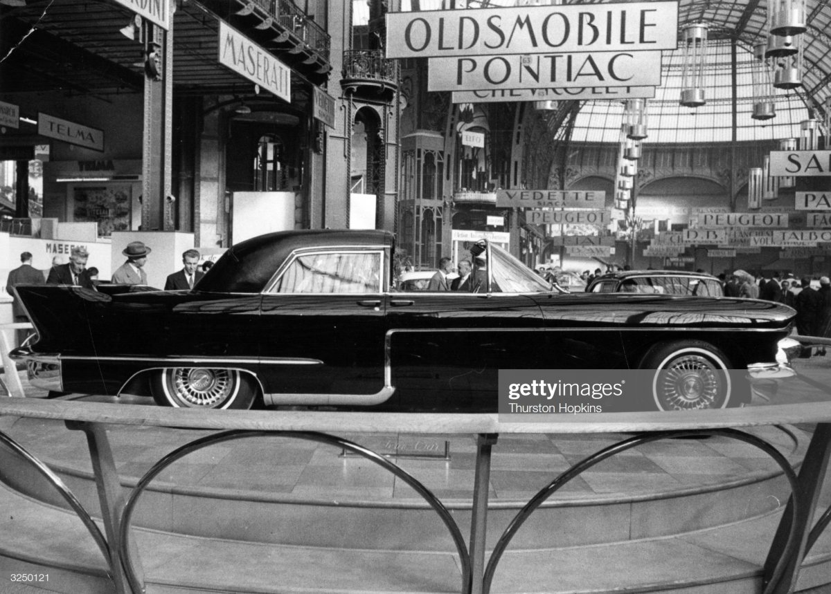 14a  1956 The new Cadillac luxury car.jpg