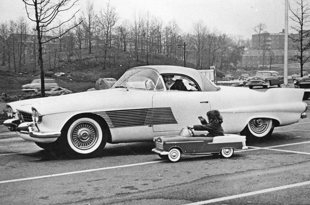 156  1955 Cadillac Elegante Concept Car,.jpg