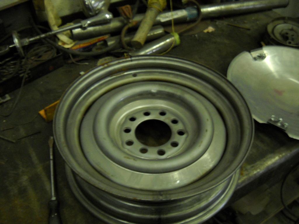 15X4 inch wheels.JPG