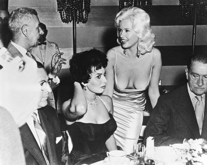 19 Jayne Mansfield and Sophia Loren.jpg